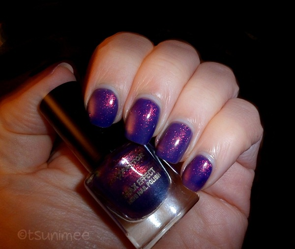 009-max-factor-max-effects-mini-nail-polish-fantasy-fire
