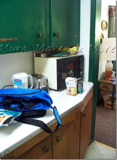 cabin-kitchen-3