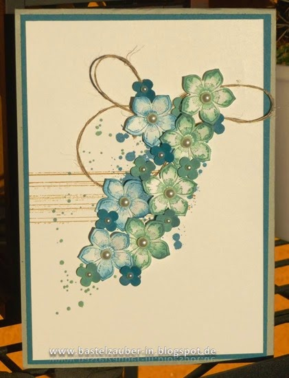 Blumenkarte-blau-fertig