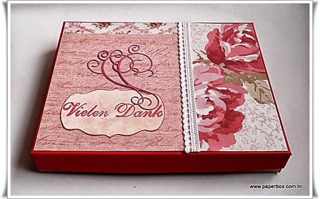 Poklon kutija sa čestitkama (1)