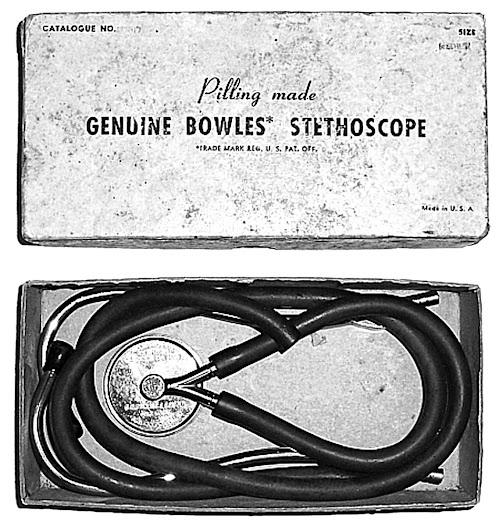 1894. El mismo año, Robert C.M. Bowles (1850-1919) patentó un modelo de diafragma plano y fue fabricado por la George P. Pilling Son Co. en Filadelfia. En 1902 se patentó como prolongación de una campana, en la que podía acoplarse, convirtiéndose así en el primer modelo campana-membrana. Dotado de una goma de tamaño corto, la membrana se fabricó hasta en cuatro tamaños.