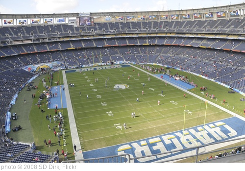 'View of Qualcomm Stadium before the game' photo (c) 2008, SD Dirk - license: http://creativecommons.org/licenses/by/2.0/