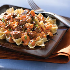 Steak & Farfalle Pasta with Creamy Tomato Sauce