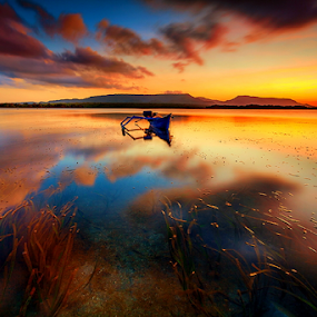 Sebelum matahari terbit by Gus Mang Ming - Landscapes Sunsets & Sunrises