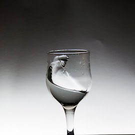 by Ilias Miaritis - Artistic Objects Glass