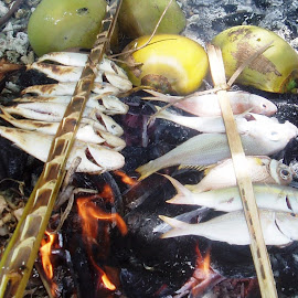 Grilled Fish by Rudi Rachmat - Animals Fish (  )
