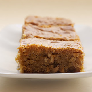 Brown Sugar Cashew Blondies
