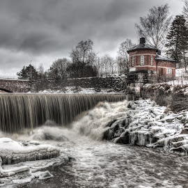 Old town dam by Juho Mäkinen - Landscapes Waterscapes ( water, canon, hdr, waterfall, helsinki )