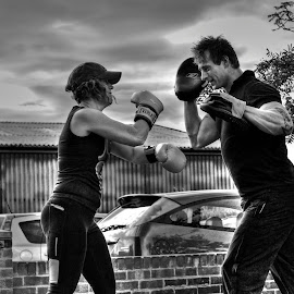 Fighting Fit by Lorraine Paterson - Sports & Fitness Boxing ( punch, gloves, fighting, boxing, mono )