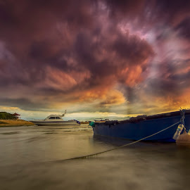 There is peace even in the storm by Ade Irgha - Transportation Boats ( clouds, explore bali, boats, sanur, sunrise, storm, stormy, weather )