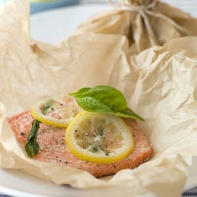 Parchment Baked Salmon with Lemon and Basil