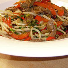 Stir Fried Beef With Peppers And Egg Noodles
