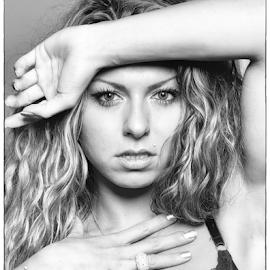 Power by Jeroen Gordijn - Nudes & Boudoir Artistic Nude ( fit, sexy, girl, portrait, eyes )