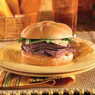 Chipotle Roast Beef Sandwich With Pepper Jack