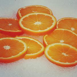 Oranges om snow by Anka Alstad - Food & Drink Fruits & Vegetables ( appelsin, orange, winter, snow, norway )