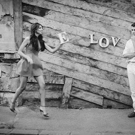 Run for love by Mihaela Tulea - People Couples