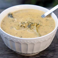 Slow Cooker Clove Garlic Broccoli Cheddar Soup