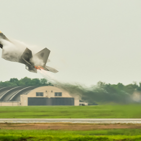 F22 Raptor by Eladio Gomes - Transportation Airplanes ( aiplane, nikkor 18-200mm vr, raptor, fighter, jet, air show,  )