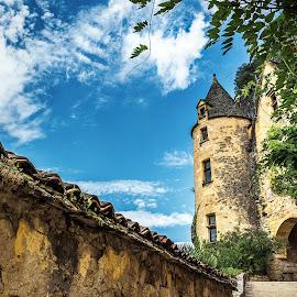 La Roque-Gageac by Sébastien Delbes - City,  Street & Park  Historic Districts ( noir, perigord, dordogne, roque, gageac )