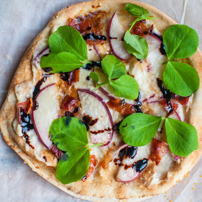 Peach, Bacon And Honey Ricotta Pizza – 15 Minute Meal