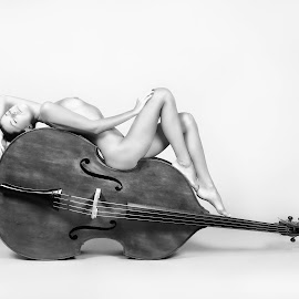 Bass 2 by Carl0s Dennis - Nudes & Boudoir Artistic Nude ( studio, nude, female, black and white, bass, instrument,  )