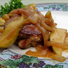 Pork Chops With Apples and Thyme