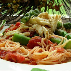 Spaghettini W/Crab, Asparagus & Sun-Dried Tomatoes