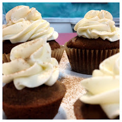 Gingerbread Cream Cheese Cupcakes