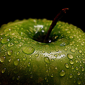 Green apple. by Andrew Piekut - Food & Drink Fruits & Vegetables (  )