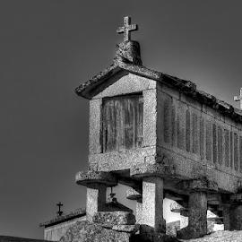 Espigueiro - Soajo by Carlos Pereira - Buildings & Architecture Other Exteriors