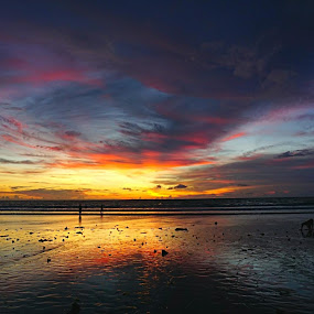 Kuta sunset....... by Iman S - Uncategorized All Uncategorized