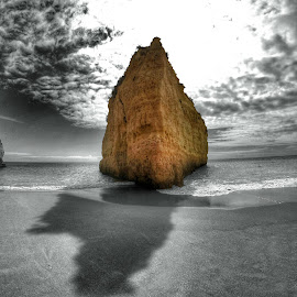 Sea Stack in Cova Redonda beach by Bruno Perez - Digital Art Places ( black and white, algarve, sea stack, sea, beach, portugal, selective color, pwc,  )