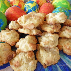 White Chocolate Macadamia Biscuits (Cookies) (Australian)
