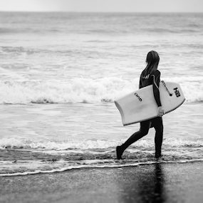 Winter Surfer in Italy by Erik Pettinari - Sports & Fitness Surfing ( italia, surfer, surf, italy,  )