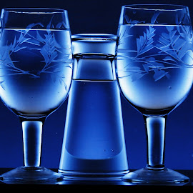 by Raj Sarkar - Artistic Objects Glass