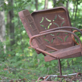 rusty chairs by Melinda Rose - Artistic Objects Furniture