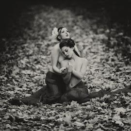 by Andrzej Witkowski - Nudes & Boudoir Artistic Nude