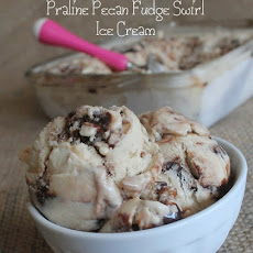 Praline Pecan Fudge Swirl Ice Cream