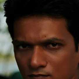 Nazmul..... by Hasnat Rashed - People Portraits of Men