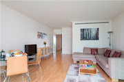 Suave two bedroom South Quay west apartment