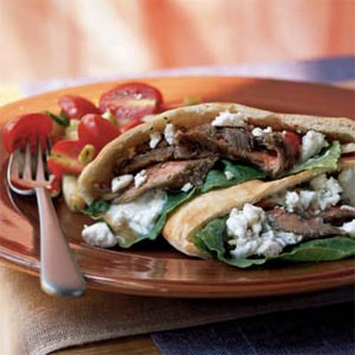Greek Steak Pitas with Dill Sauce