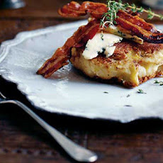 Colcannon cakes with pancetta and Stilton