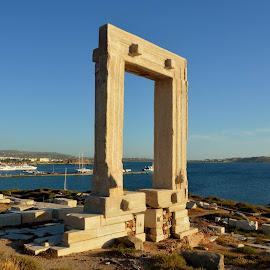 Apolo's Temple, Naxos. by Jose  Olimpio Castro Neto - Landscapes Travel