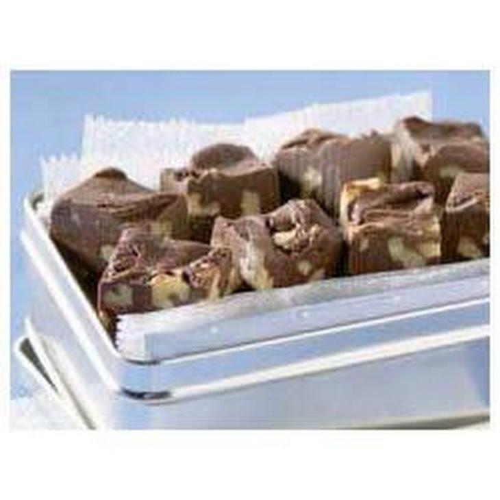 BAKER'S Classic Chocolate Fudge