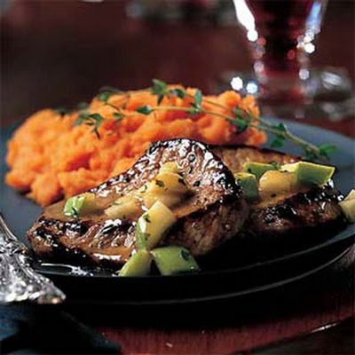 Veal Medallions with Apple-Thyme Sauce