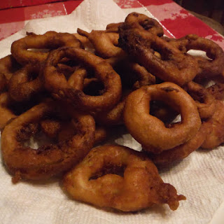 Fluffy Battered Onion Rings