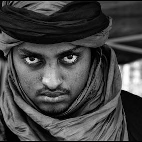 Berber in Gent by Etienne Chalmet - People Street & Candids ( straat, , Emotion, portrait, human, people )