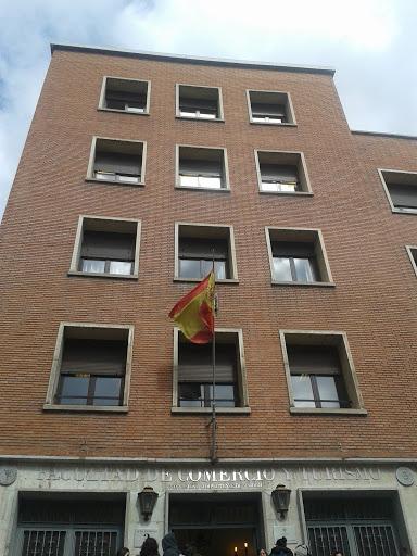 Facultad Comercio Y Turismo Ucm