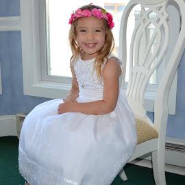 Wedding - flower girl by Gaynel . - Wedding Other