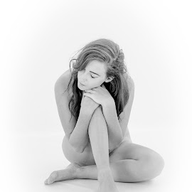 Amiii by Peter McLean - Nudes & Boudoir Artistic Nude ( high key, art nude, sitting, dreams, thoughtful, white background )